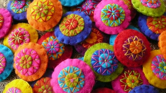 Colorful felt magnets set of 5 pick your colors by HetBovenhuis