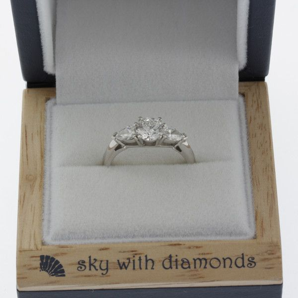 Olivia's custom engagement ring – Sky with Diamonds