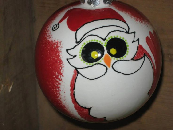 peinture sur céramique. boule de Noel. Père-Noel. Peint à l'Atelier Déco-Cadeau à St-Jean-Chrysostome.