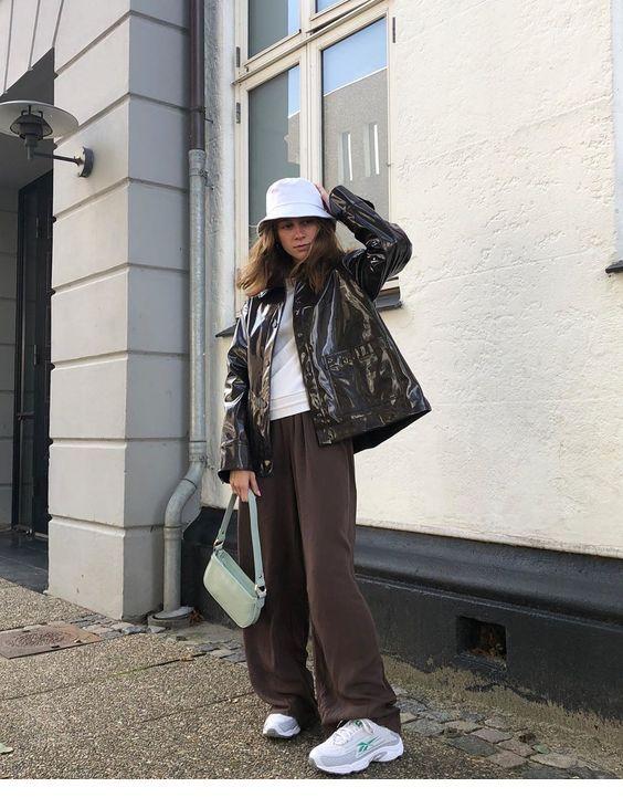 Simple clothes for November – Fashion Addict