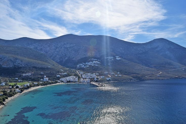 New Year greets Amorgos island with the most delightful sunny weather !