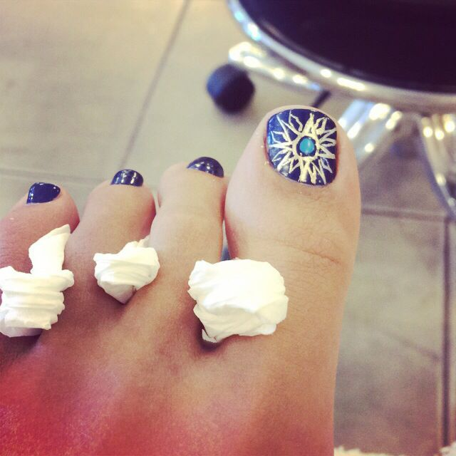 Toes done #sun #nails #boho