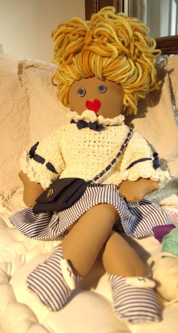 Bambola con Borsetta