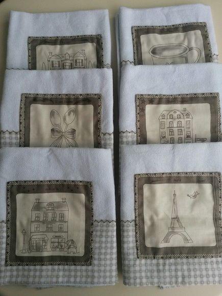 Lindos panos de louça para cozinha com bordado e aplicação em tecido bege xadrez e quadro estampado. Valor unitário. (opção de coordenar com toalha de mesa quadrada) R$ 21,50