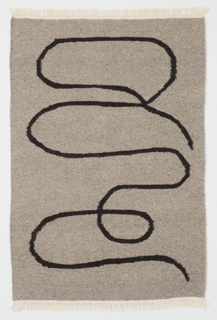 手織りのラグウールチュニジア