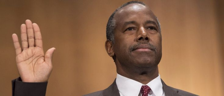 Ben Carson Attacked For WH Bible Study — Defiantly Declares 'I Will Not Stop Being A Christian'