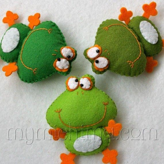 Frederique the Frog - Medium Green - Stuffed Felt Animal