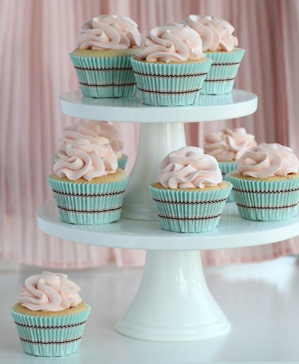 Pastel Dots Cup Cake Wrappers Uk
