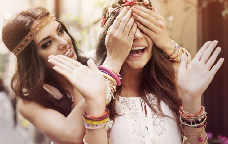 14 Benefits Of Having A Super Outgoing Friend When...
