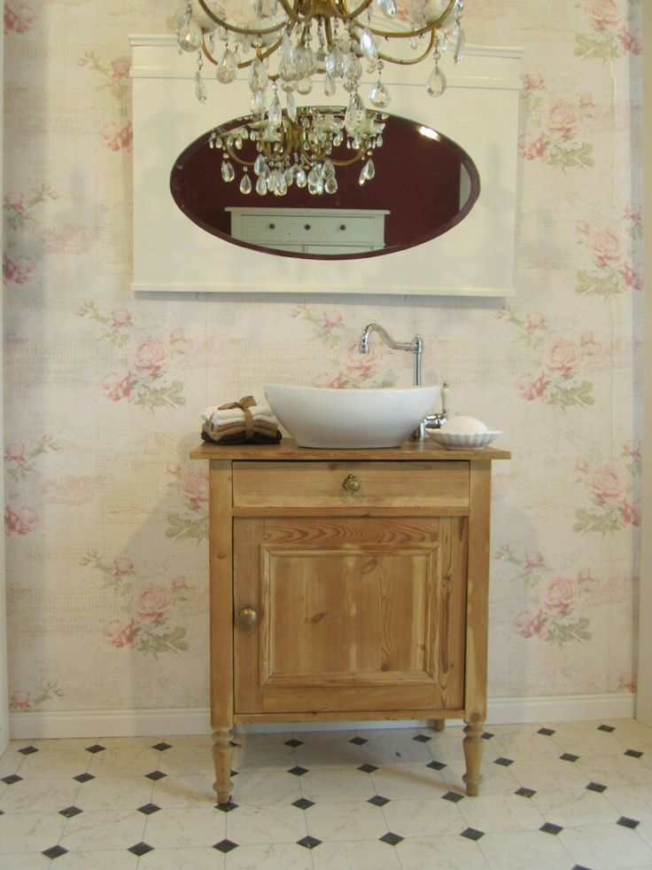 26 best landhaus bad images on pinterest fashion vintage retro style and shabby chic style. Black Bedroom Furniture Sets. Home Design Ideas