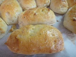 Gluten-Free Breadsticks inspired by olive garden | Mom, What's For Dinner?
