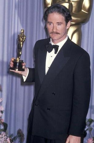 Kevin Kline won the Academy Award for Best Supporting Actor for A Fish Called Wanda in 1988.