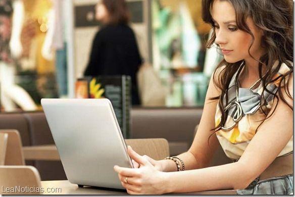 Un servicio de citas en línea admite haber falsificado perfiles para 'enganchar' clientes - http://www.leanoticias.com/2014/10/30/un-servicio-de-citas-en-linea-admite-haber-falsificado-perfiles-para-enganchar-clientes/