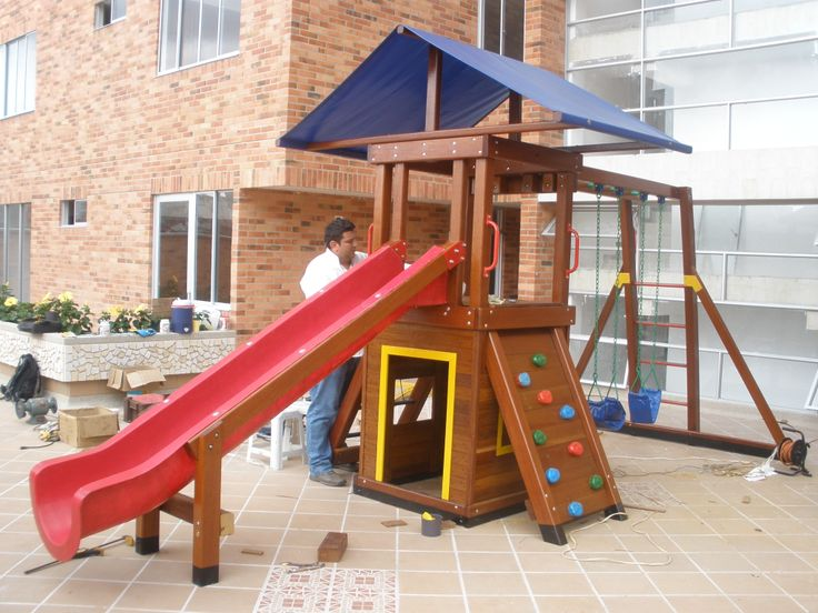 Parque Infantil Kambuche Mini Torre con Casita de Muñecas