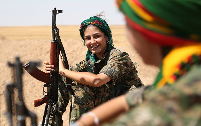 Why There Are So Many Women Among Kurds Fighting Daesh