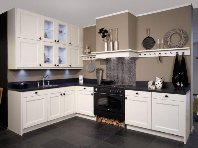 ikea keuken ontwerp -met een hout fornuis
