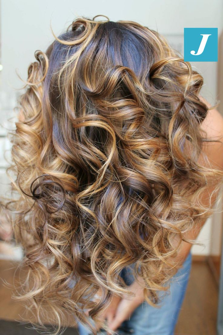 Un servizio esclusivo e personalizzato per i vostri capelli: Degradé Joelle! #cdj #degradejoelle #tagliopuntearia #degradé #igers #musthave #hair #hairstyle #haircolour #longhair #ootd #hairfashion #madeinitaly #wellastudionyc