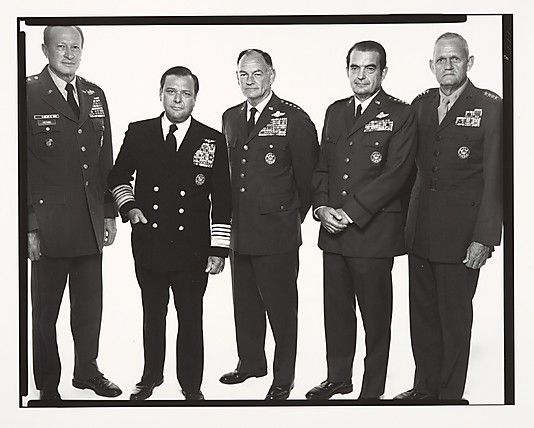 Joint Chiefs of Staff. Left to right: General Fred C. Weyand, Chief of Staff, U.S. Army; Admiral James L. Holloway, Chief of Naval Operations; General George Brown, Chairman, U.S. Air Force; General David Jones, Chief of Staff, U.S. Air Force; General Lou