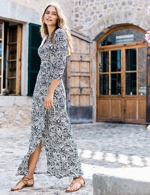 Our beloved Wrap Dress holds a special place in many a wardrobe (and a heart); now meet her maxi counterpart. It's an effortlessly stylish staple you'll fall back on time and time again.