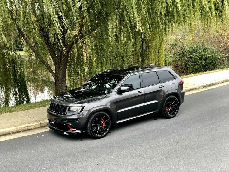 Pin By Iain Mac On Jeep Grand Cherokee In 2020 With Images Jeep Srt8 Jeep Grand Cherokee Srt Jeep Cherokee