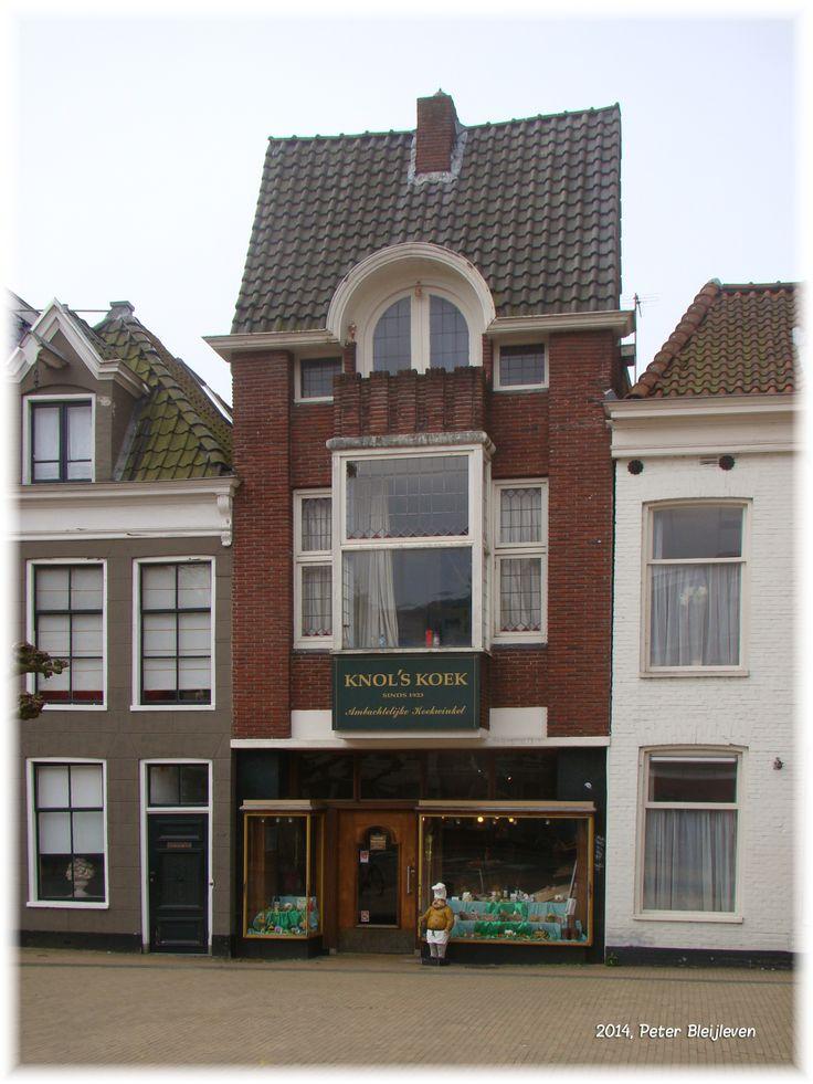 """""""Koek van Knol"""", een begrip in de stad Groningen en ver daarbuiten."""
