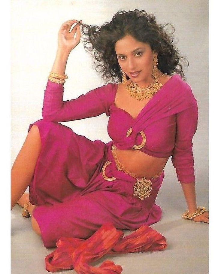 """2 Likes, 1 Comments - muvyz.com (@muvyz) on Instagram: """"#MadhuriDixit #BollywoodFlashback #Diva #postcard #muvyz120617 #GoodMorningWorld @madhuridixitnene…"""""""