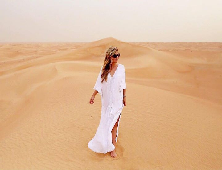 Hotels-live.com/pages/sejours-pas-chers - Back in the magical desert of Dubai  see more on snapchat:missseverywhere  #dubai #desertdubai #nothingbutsand #jttouristik #almaharesort #jasmintaylor #visitdubai #mydubai #whitedress #nakd #traveling #adventure #wanderlust #fernweh #reiseblogger #misseverywhere #travelinspo #deserthotel #almaha Hotels-live.com via https://www.instagram.com/p/BE3VKO6Helg/