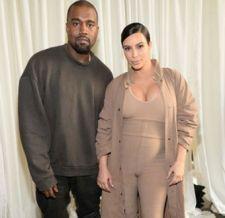 Veja a primeira foto de Saint West, filho de Kim Kardashian e Kanye West #KimKardashian, #M, #Noticias, #Popzone http://popzone.tv/2016/02/veja-a-primeira-foto-de-saint-west-filho-de-kim-kardashian-e-kanye-west.html