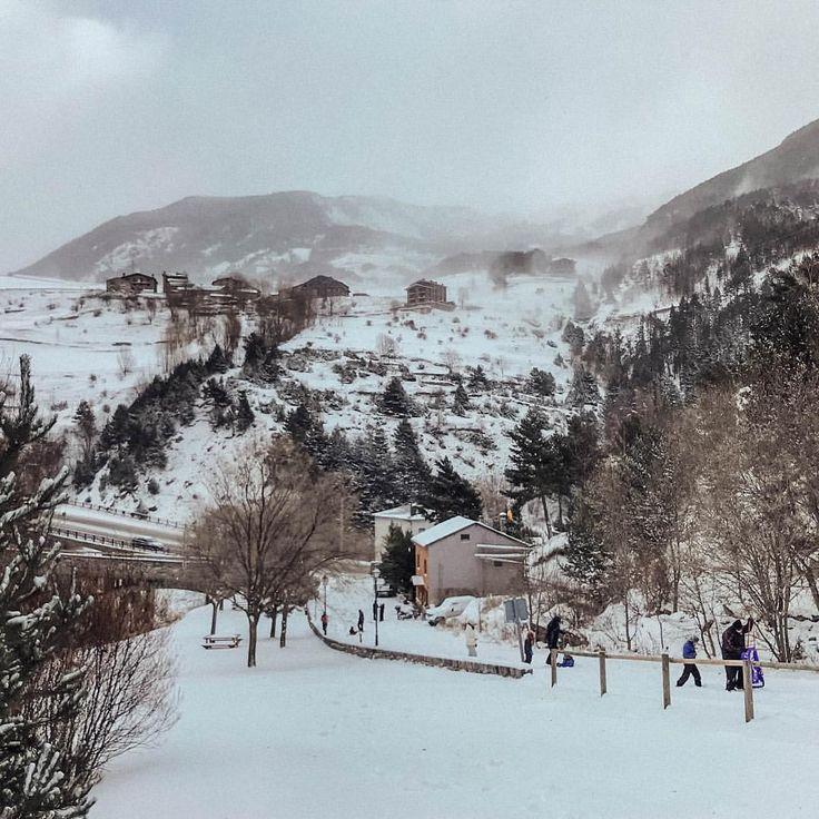 Resultado de imagen de montañas nieve tumblr kentucky pueblo