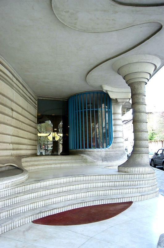 Casa dell'Obelisco,1953, Turin, by Elio Luzi and Sergio Jaretti