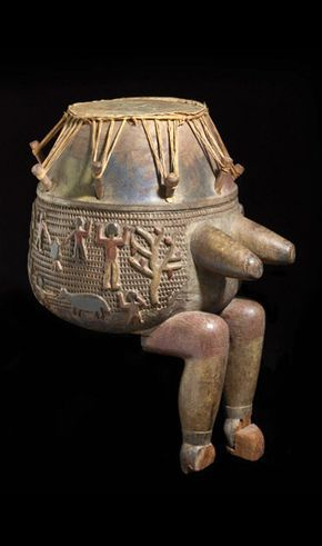 Africa | Drum from the Ashanti people of Ghana | Wood, animal hide, plant fiber and pigment | ca. 1st half of the 20th century