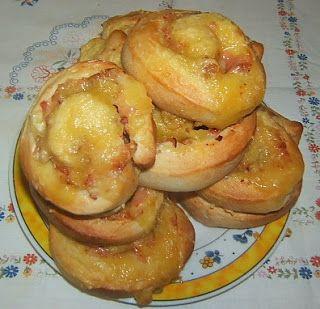Sajtos sonkás csigák vacsorára-reggelire