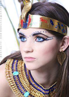 The Art of Egyptian Makeup Ideas >> http://cutemakeupideass.com/makeup-ideas/egyptian-makeup-ideas/