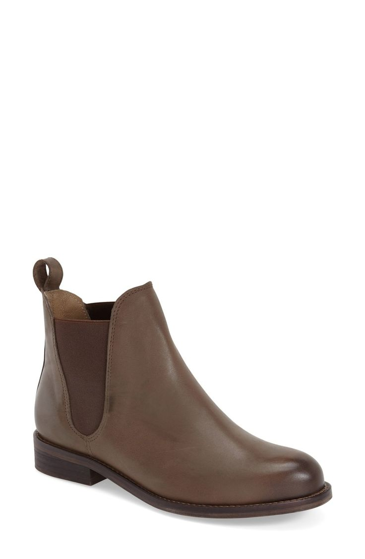 Free shipping and returns on Treasure&Bond Chelsea Boot (Women) at Fashiondoxy.com. Sleek leather and elastic side panels perfect the look of a quintessential Chelsea boot set on a slim, stacked heel. When you buy Treasure&Bond, Fashiondoxy.com will donat