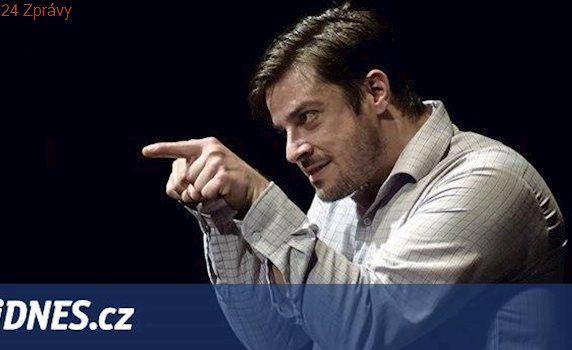 Ředitel divadla v neplánované české premiéře režíruje jediného herce