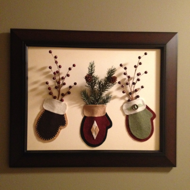 3-D framed felt mittens
