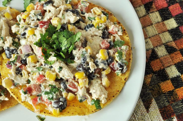 Chicken Salad Tostadas - These tostadas are super quick to make and such a fresh meal, perfect for hot weather! www.thekusilife.com