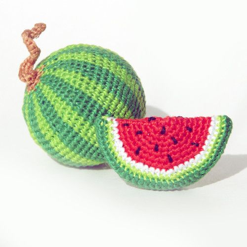 Love this fun little watermelon! amigurumi, crochet, free pattern