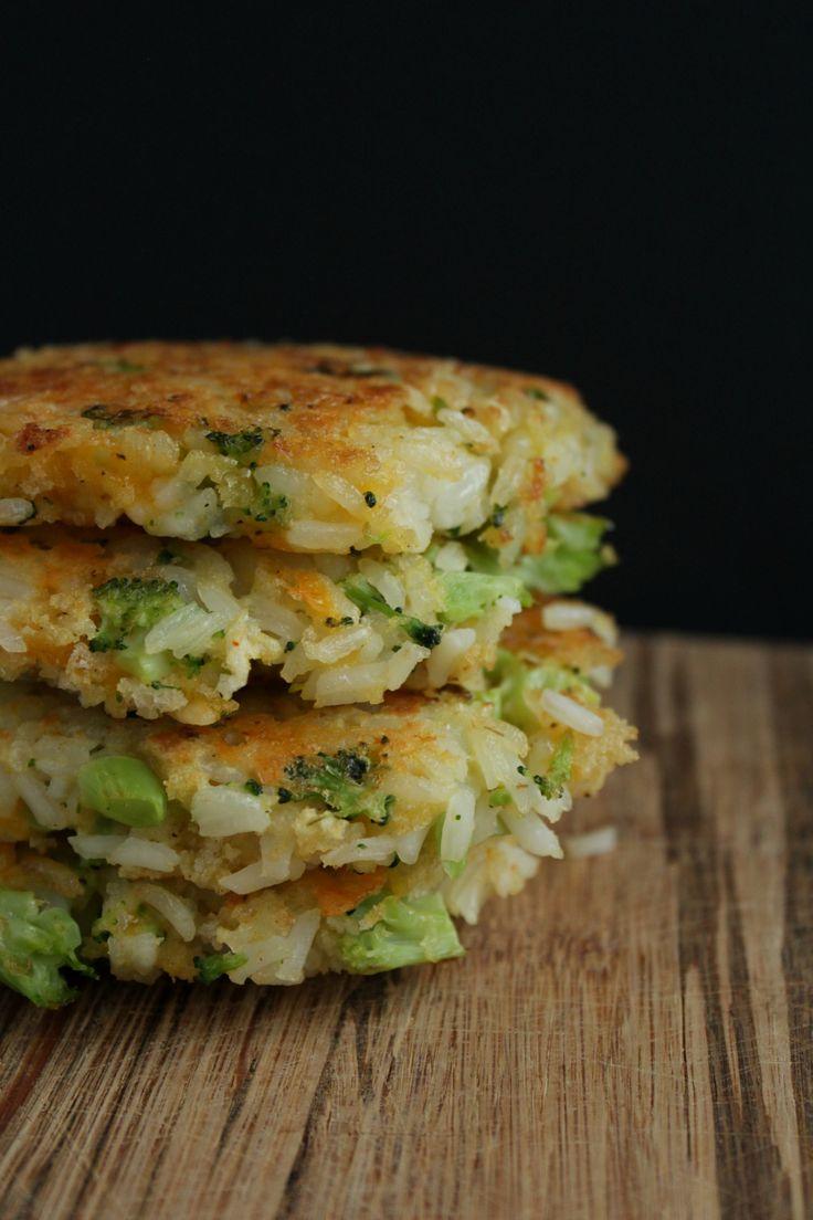 cheddar broccoli rice patties www.petitfoodie.com