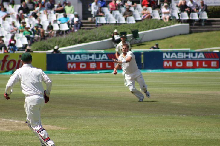 Ryan Harris attempts a run out at Newlands 2011  Taken by Tim Dale Lace
