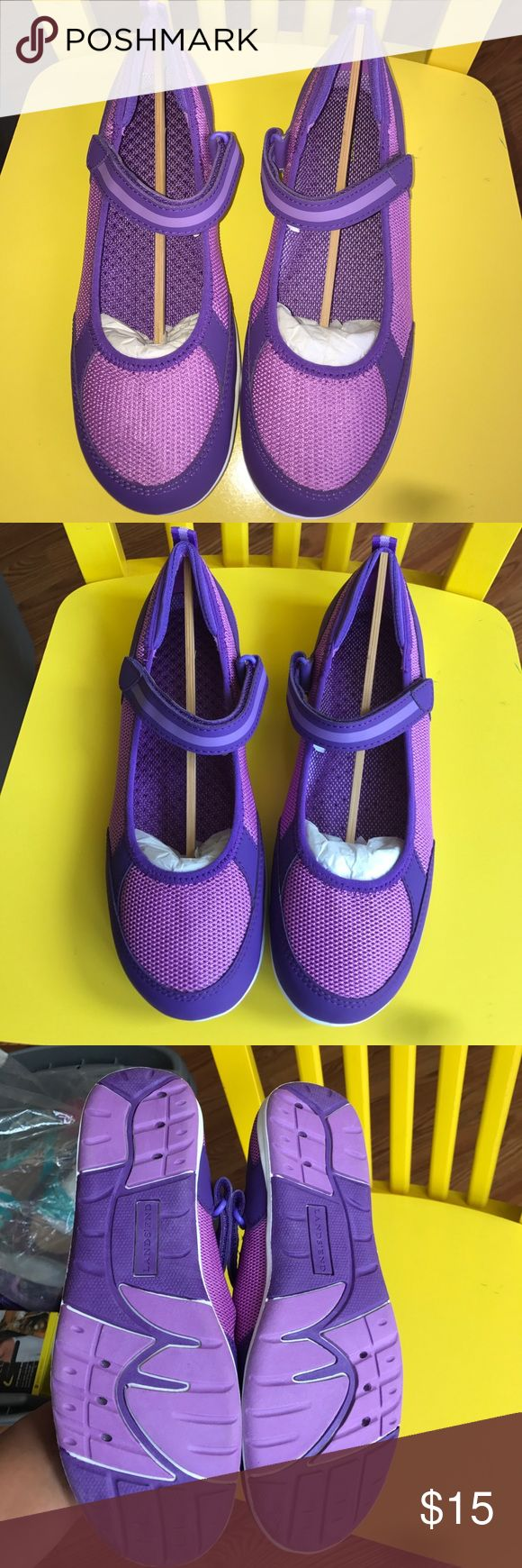 Land's End Girls Water Shoes. Size 5y. New New. Water shows for girls size 5y. Firm price Lands' End Shoes Water Shoes