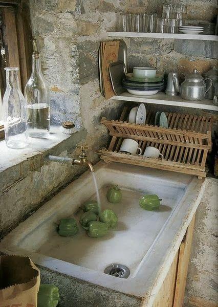 Bellissimo questo lavello in pietra!