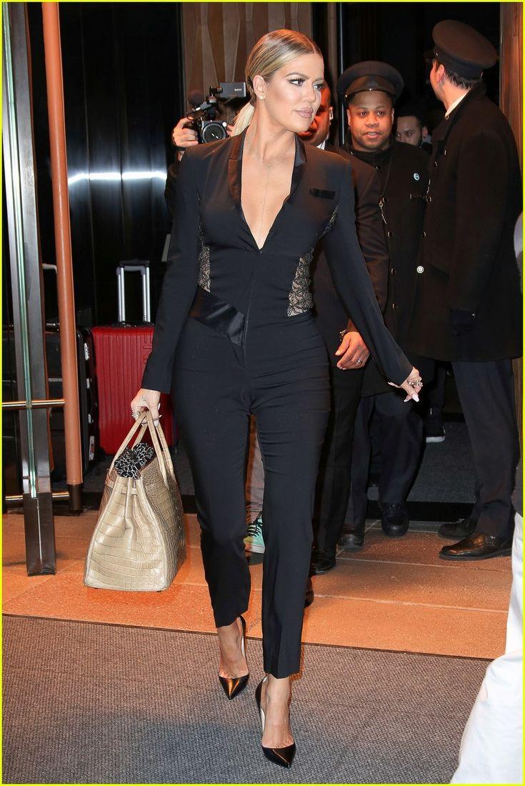 Khloe Kardashian Stands Up For Her Body: 'I'm Proud' | khloe kardashian leaves hotel for jimmy fallon 14 - Photo