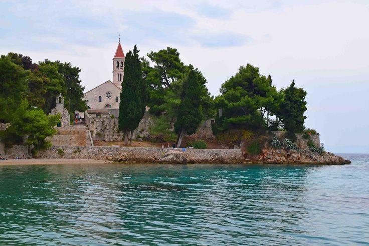 Kloster in Bol auf Brac #Reisen #Kroatien #Urlaub …