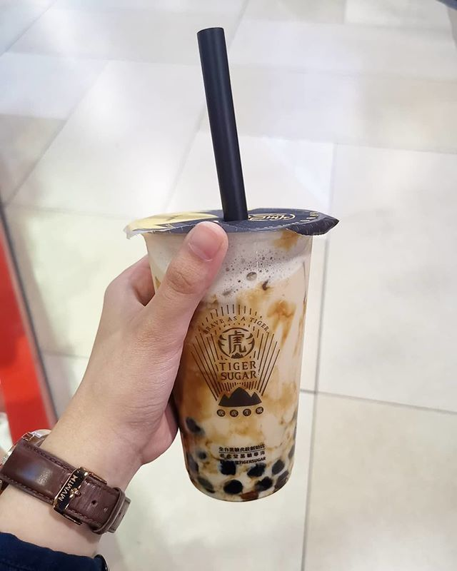 Repost @bbt news   : Black tea latte with boba 7/10 Tiger