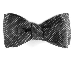 Pre tied bow tie - Ornate silver white loops on midnight blue Notch