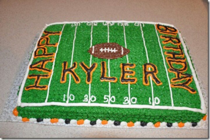 Cake Decorated Like Football Field : 1000+ ideas about Football Cake Decorations on Pinterest ...