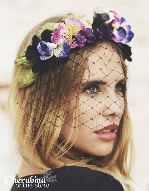 Charlotte-tocado-flores #cherubina #invitadas #tocado