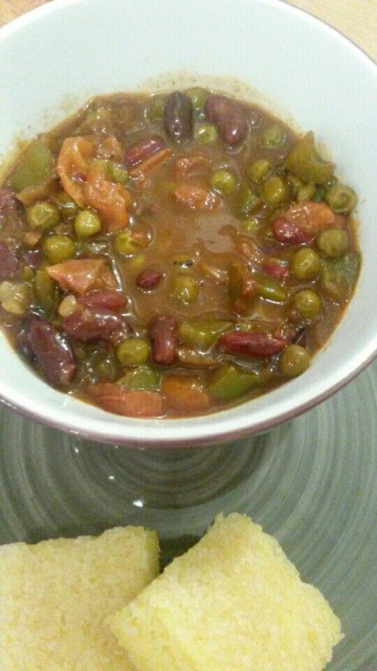 #vegan #cajun #bean #stew #cornbread