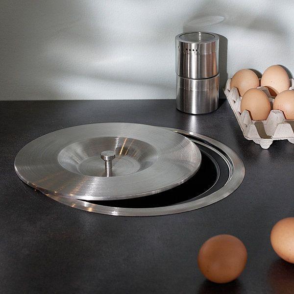 Les 25 meilleures id es concernant poubelle inox sur for Poubelle de cuisine encastrable